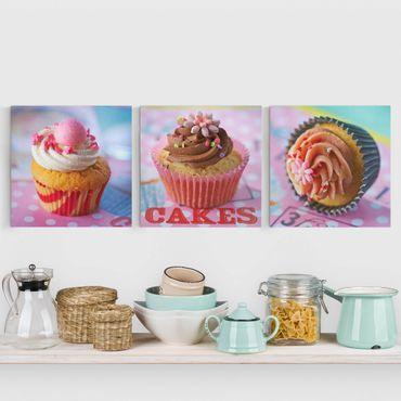 Leinwandbild 3-teilig - Bunte Cupcakes - Quadrate 1:1