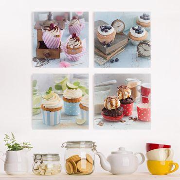 Leinwandbild 4-teilig - Vintage Cupcakes mit Topping