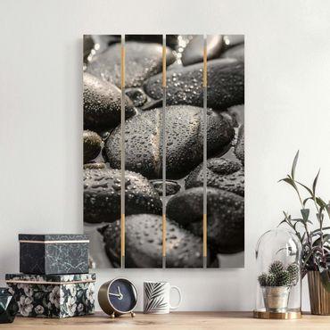 Holzbild - Schwarze Steine im Wasser - Hochformat 3:2