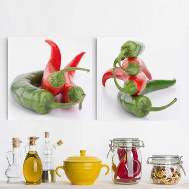 Leinwandbild 2-teilig - Rote und grüne Peperoni - Quadrate 1:1