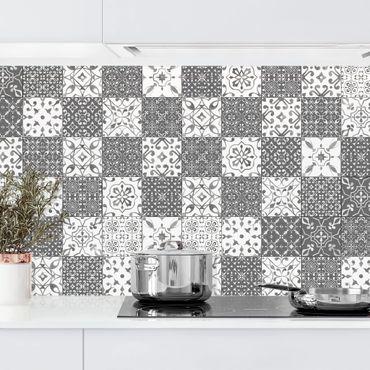 Küchenrückwand - Fliesen Mustermix Grau Weiß