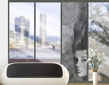 Fensterfolie - XXL Fensterbild Strange Girl II - Fenster Sichtschutz