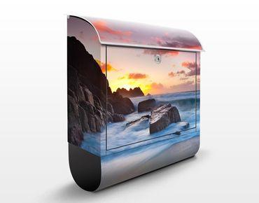Briefkasten mit Zeitungsfach - Am Meer in Cornwall - Hausbriefkasten