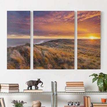 Leinwandbild 3-teilig - Sonnenaufgang am Strand auf Sylt - Triptychon