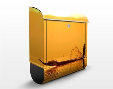 Wandbriefkasten - Fischer im Sonnenaufgang - Briefkasten Gelb