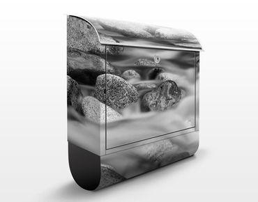 Design Briefkasten Fluss in Kanada II - Briefkasten Grau