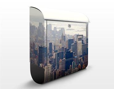 Briefkasten mit Zeitungsfach - Der Morgen in New York - Wandbriefkasten