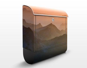 Briefkasten mit Zeitungsfach - Blick von der Zugspitze - Hausbriefkasten Orange