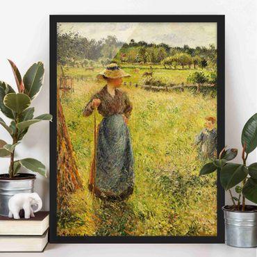 Bild mit Rahmen - Camille Pissarro - Die Heumacherin - Hochformat 3:4