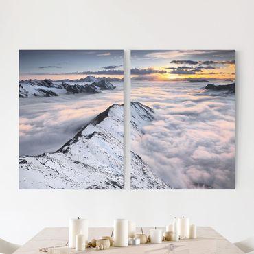 Leinwandbild 2-teilig - Blick über Wolken und Berge - Hoch 3:4