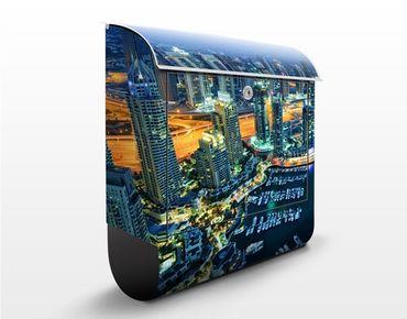 Briefkasten mit Zeitungsfach - Dubai Marina - Wandbriefkasten