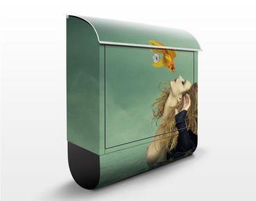 Design Briefkasten Kuss eines Goldfisches 39x46x13cm
