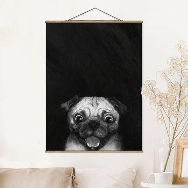 Stoffbild mit Posterleisten - Laura Graves - Illustration Hund Mops Malerei auf Schwarz Weiß - Hochformat 4:3