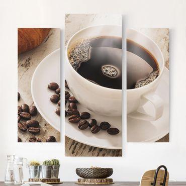 Leinwandbild 3-teilig - Dampfende Kaffeetasse mit Kaffeebohnen - Galerie Triptychon