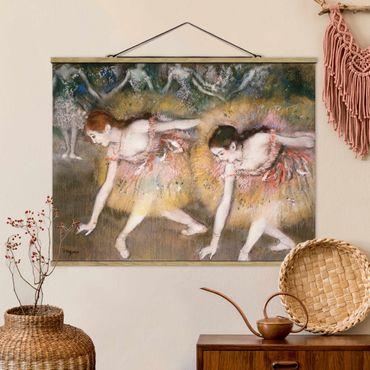 Stoffbild mit Posterleisten - Edgar Degas - Verbeugende Ballerinen - Querformat 3:4