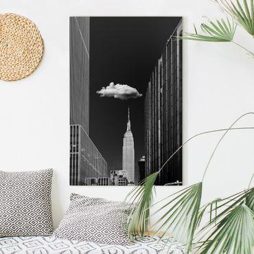 Leinwandbild - New York mit einzelner Wolke - Hochformat 3:2