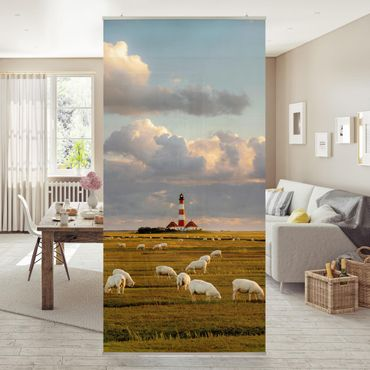 Raumteiler - Nordsee Leuchtturm mit Schafsherde 250x120cm