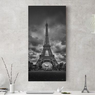 Leinwandbild - Eiffelturm vor Wolken schwarz-weiß - Hochformat 2:1