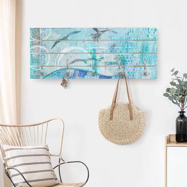 Wandgarderobe Holz - Bunte Collage - Blaue Fische - Haken chrom Querformat
