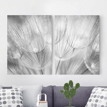 Leinwandbild 2-teilig - Pusteblumen Makroaufnahme in schwarz weiß - Hoch 3:4