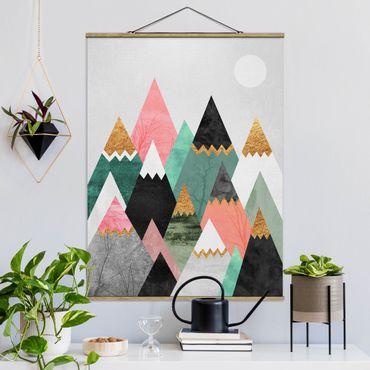 Stoffbild mit Posterleisten - Elisabeth Fredriksson - Dreieckige Berge mit Goldspitzen - Hochformat 4:3