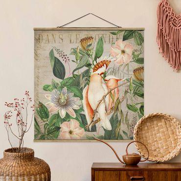 Stoffbild mit Posterleisten - Colonial Style Collage - Rosa Kakadu - Quadrat 1:1