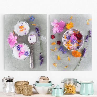 Leinwandbild 2-teilig - Blüten mit Zucker - Hoch 3:4