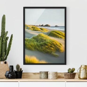 Bild mit Rahmen - Dünen und Gräser am Meer - Hochformat 3:4