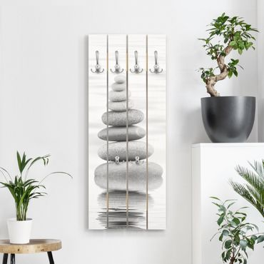 Wandgarderobe Holz - Steinturm im Wasser Schwarz-Weiß - Haken chrom Hochformat
