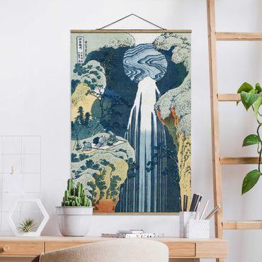 Stoffbild mit Posterleisten - Katsushika Hokusai - Der Wasserfall von Amida - Hochformat 3:2