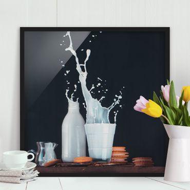 Bild mit Rahmen - Milch Komposition - Quadrat 1:1