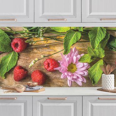 Küchenrückwand - Blumen Himbeeren Minze
