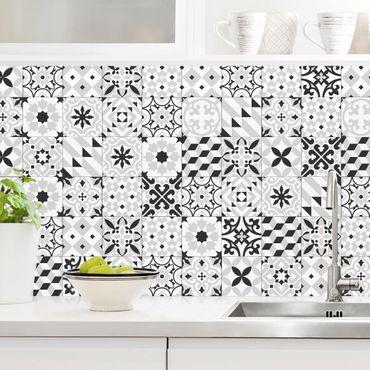 Küchenrückwand - Geometrischer Fliesenmix Schwarz