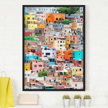 Bild mit Rahmen - Farbige Häuserfront Guanajuato - Hochformat 3:4
