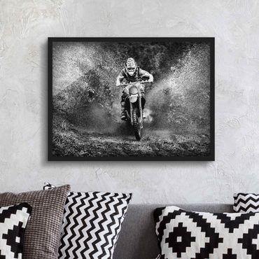 Bild mit Rahmen - Motocross im Schlamm - Querformat 3:4