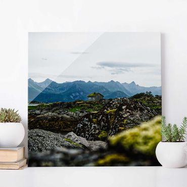 Glasbild - Einsame Hütte in Norwegen - Quadrat