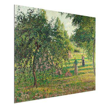 Alu-Dibond Bild - Camille Pissarro - Apfelbäume und Heuwender in Eragny