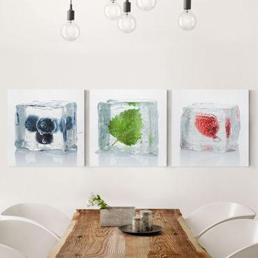 Leinwandbild 3-teilig - Früchte und Melisse im Eiswürfel - Quadrate 1:1