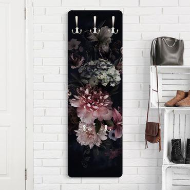 Garderobe - Blumen mit Nebel auf Schwarz