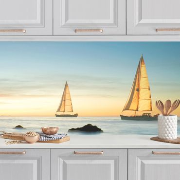 Küchenrückwand - Segelschiffe im Ozean