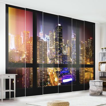 Schiebegardinen Set - Fensterblick Manhattan bei Nacht - Flächenvorhänge