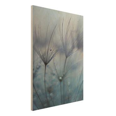 Holzbild - Blaue Federn im Regen - Hochformat 4:3