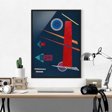 Bild mit Rahmen - Wassily Kandinsky - Mächtiges Rot - Hochformat 3:4