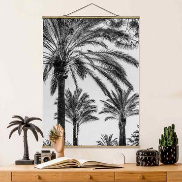 Stoffbild mit Posterleisten - Palmen im Sonnenuntergang Schwarz-Weiß - Hochformat 4:3