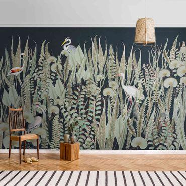 Metallic Tapete  - Flamingo und Storch mit Pflanzen auf Grün