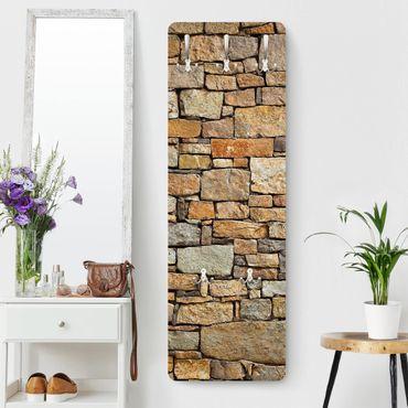 Garderobe - Croatia stonewall