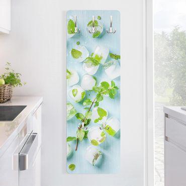 Garderobe - Eiswürfel mit Minzblättern