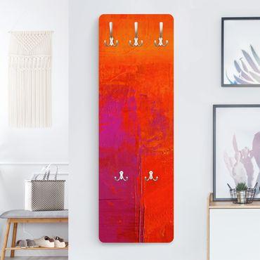 Garderobe - Magenta Energy