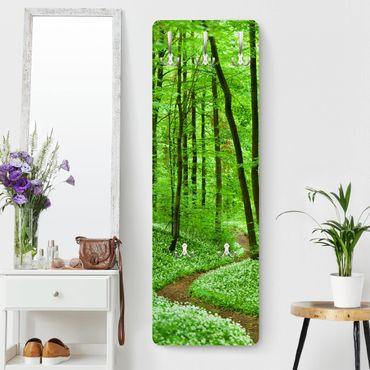 Garderobe - Romantischer Waldweg - Landhaus Grün