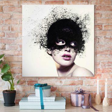 Glasbild - Das Mädchen mit der schwarzen Maske - Quadrat 1:1
